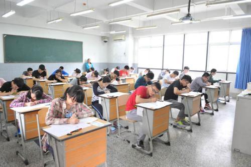 青岛共有38467名考生参加夏季高考考试