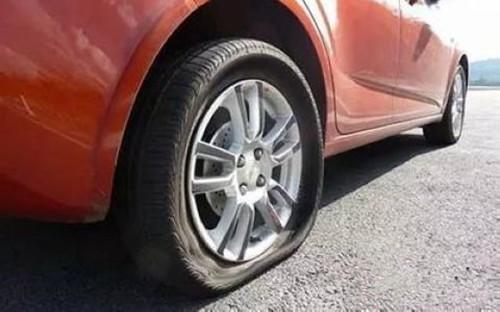 游金地百科:夏季天气炎热  汽车怎样预防爆胎?