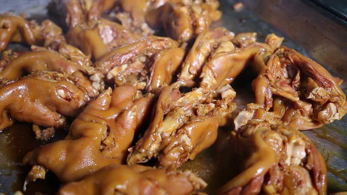 食在青岛:万众猪蹄,几代人抹不去的记忆