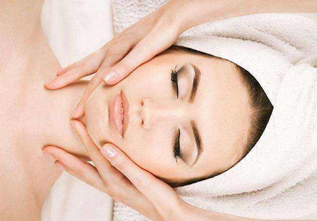 """警惕化妆品""""美丽骗局"""",了解护肤品成分是关键"""