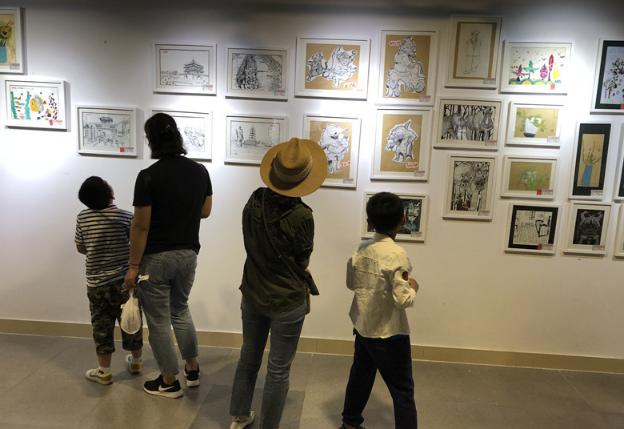 青岛少儿传统艺术展盛大开幕 推动手工艺少儿传承工作
