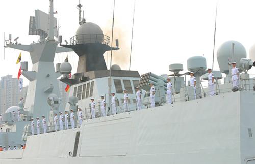 历时249天  海军第二十八批护航编队于昨日上午完成任务顺利返回青岛