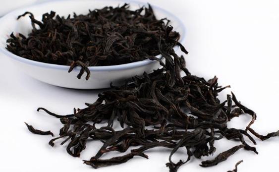 谌世大红袍唯一的制茶工艺传承人谌刚华: 濡染茶香祖训,传承茶艺精华