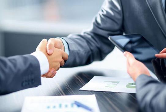 热烈庆祝游金地与青岛阿卡品牌管理有限公司签订产品战略合作协议