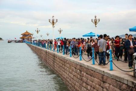 十一长假岛城旅游收入创新高 448万人来青