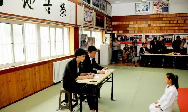 青岛市柔道协会第二季度升级考试圆满结束