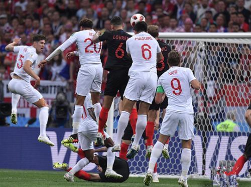 黑马一黑到底  克罗地亚2:1逆转英格兰挺进世界杯决赛