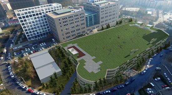 青岛主城最大停车场即将封顶 计划年内投入使用