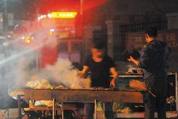 青岛即墨将于明年3月31日起全面禁止露天烧烤经营行为