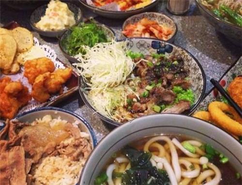 家族亭-青岛最具人气的平价日本家庭式料理