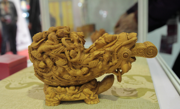 青岛平度市81件袖珍木雕艺术作品亮相第十三届中国国际博览会