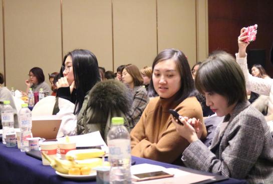 温蔓:唯美国际首届中韩美业交流会圆满落幕