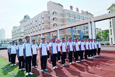 青岛多所高中进入军训模式