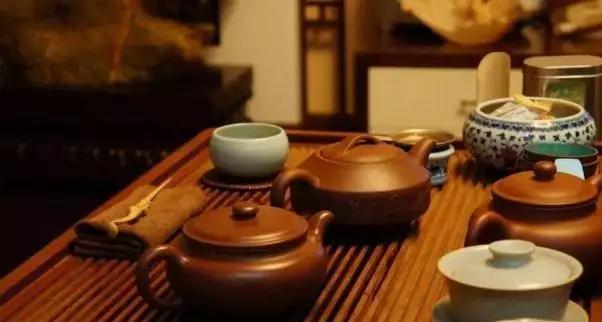 贡升紫砂创始人王京禹浅析:一壶不事二茶