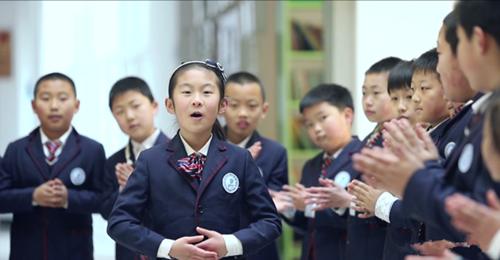 """""""我和我的祖国""""——红岛师生共唱爱国歌共抒爱国情"""