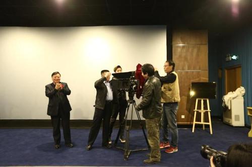 舌尖上的青岛:系列美食纪录片——《掌勺味道--中山路记忆》举行开拍仪式