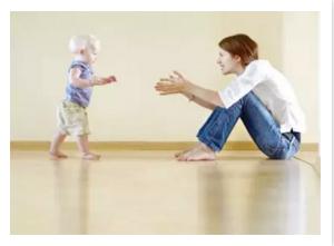 宝宝父母要注意:宝宝会走,但不会爬,这正常吗?