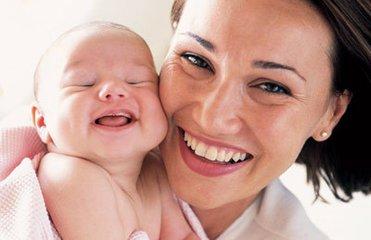 新生妈妈如何在平常事物中开发宝宝的智力呢