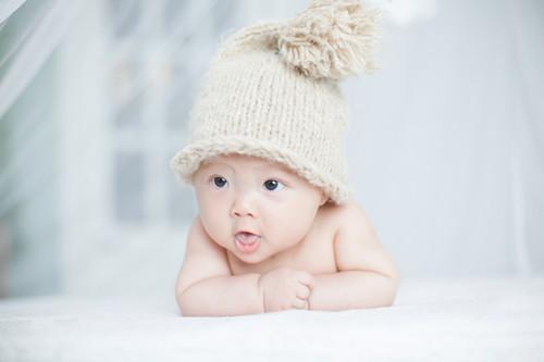 宝宝哭闹有原因,新手爸妈赶紧来学习