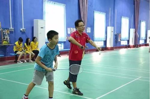 常打羽毛球会给孩子带来这些好处,父母快来看一下!