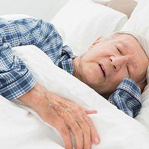 老人嗜睡需警惕