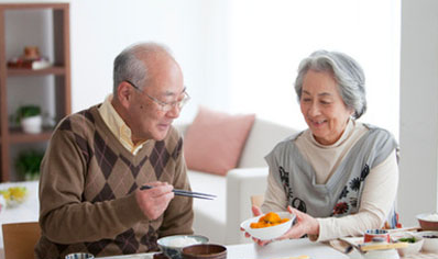 老人吃这些食物可以提高免疫力