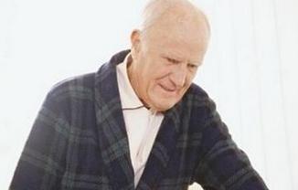 几个排便协助法帮助老人缓解便秘