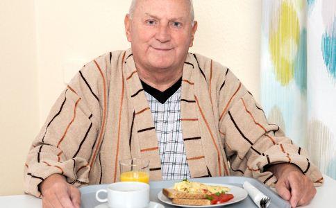 都说老人要少吃点肉 老人家要怎样吃肉呢?