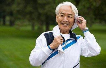 老年人频繁起夜要排除脑血管问题