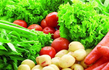 四月份蔬菜价格终于下降 猪肉和水产价格依然高价位运行