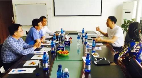 青岛市民营经济国际合作商会一行到城阳区工贸企业考察学习