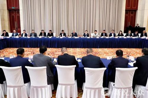 刘家义龚正出席海内外山东商会会长座谈会