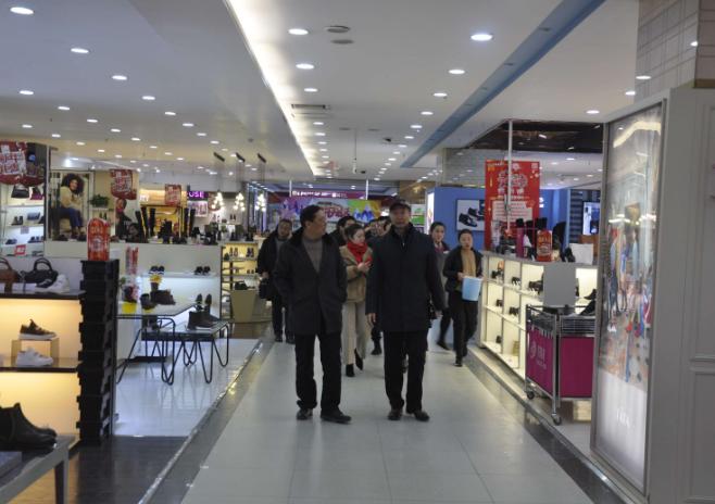 搭建推广合作平台 青岛市商业联合会会员走访利客来