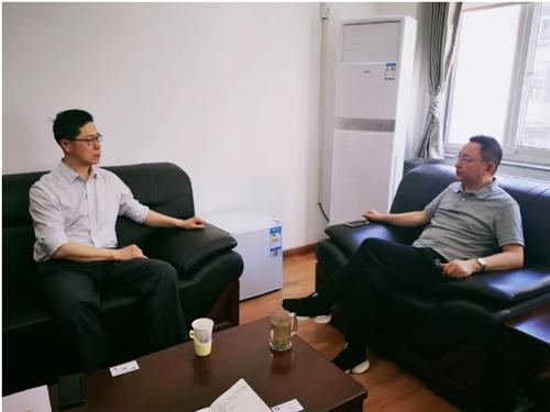 青岛钢贸商会秘书长李景伟到访中金协