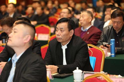 济南市青州商会会长张福泉受邀参加2019潍商联盟大会暨百名潍商回乡行活动